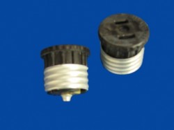 FEMALE PLUG ADAPTER